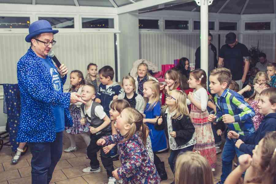 Kid's Love to Dance with Chris P Tee